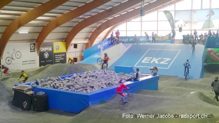 IndoorBikeParkPfaeffikon_radsport_ch