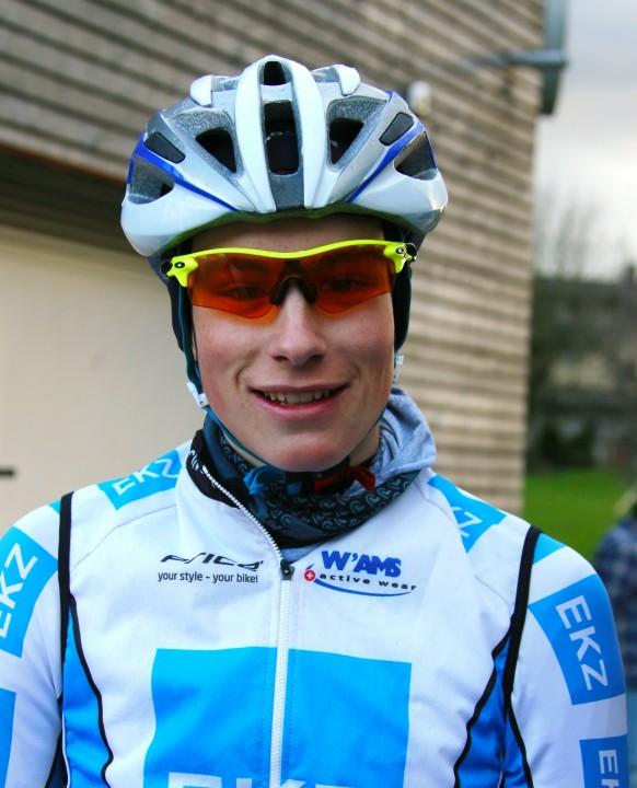 Gian Friesecke gewinnt das erste RMVZOL-Rennen der Verbandsmeisterschaft 2015 in Ermenswil - Foto: Werner Jacobs